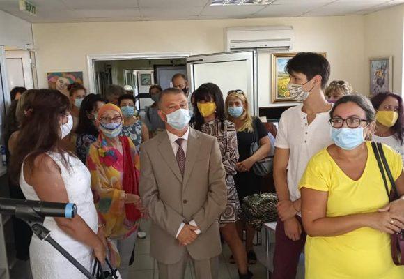 КОЦ-Бургас се превърна в мини галерия за своите пациенти