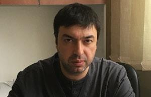 Д-р Тихомир Велев